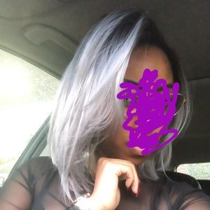 """Accessories - Silver/lavender Swiss Freepart lacefront 14"""" wig"""